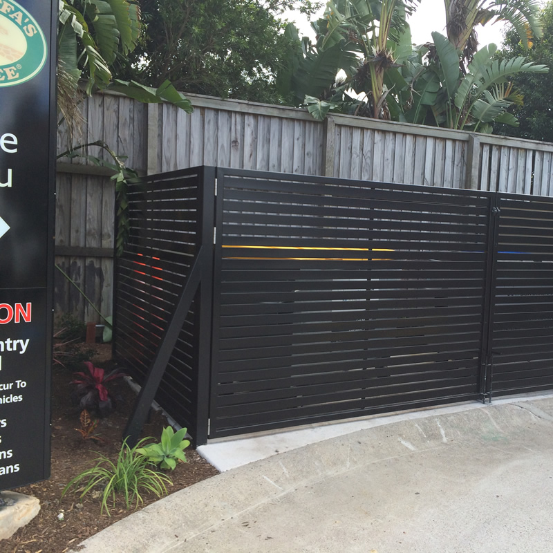 Aluminium Fencing for Commercial