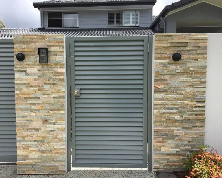 Stone Cladding with Aluminium Gate